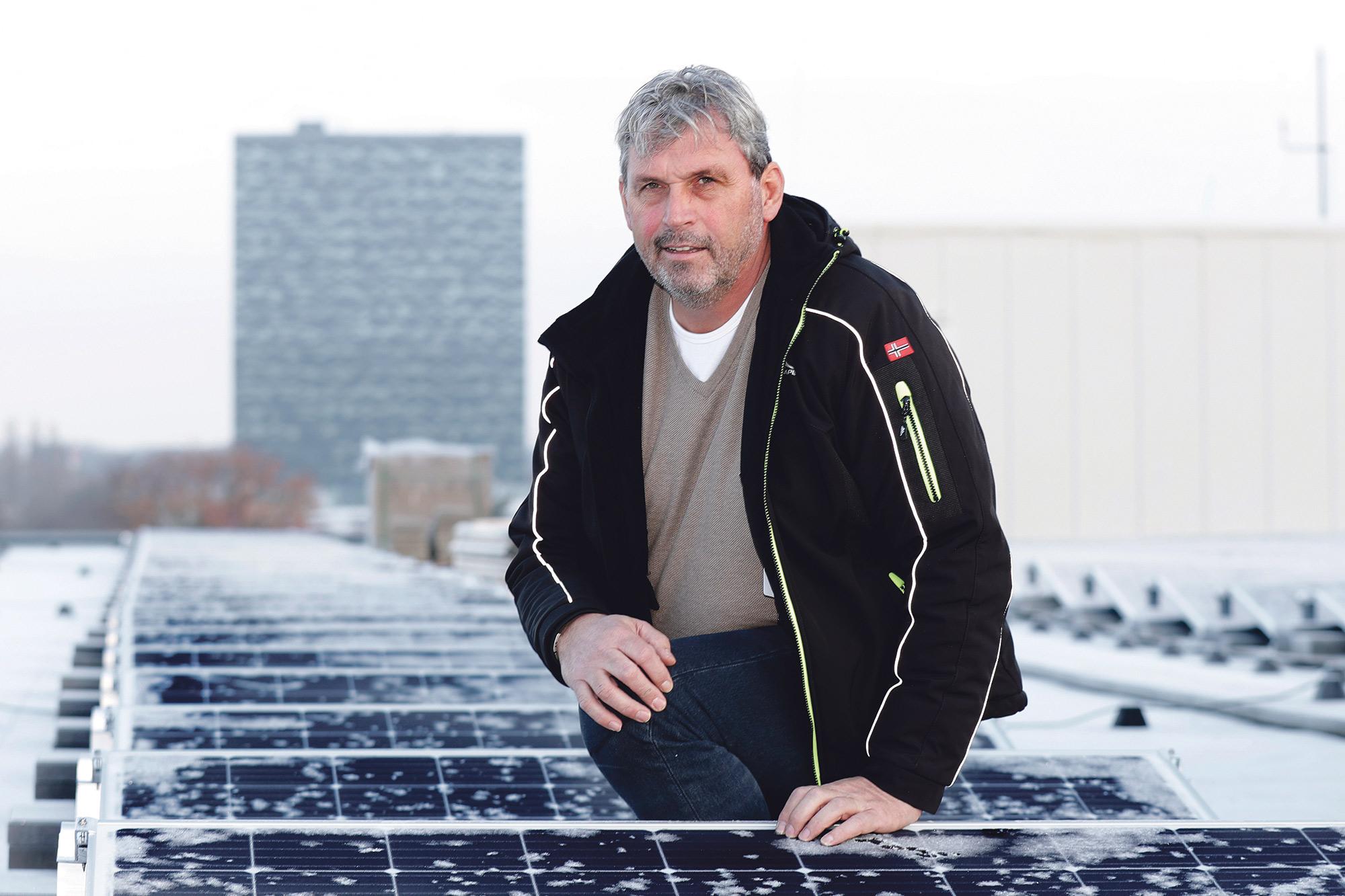 PLM Energy: 'De zon is voor niks, dus maak er gebruik van'